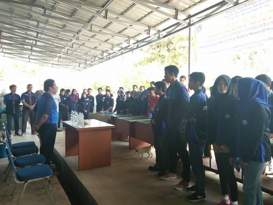 Pembukaan acara oleh Dekan Fakultas Ilmu Kelautan dan Perikanan